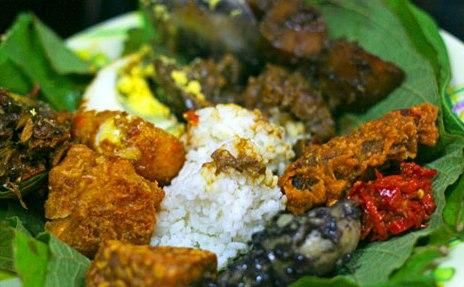 5 Sajian Nasi Khas Indonesia