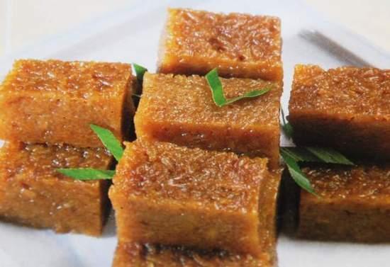 Kue Wajik (Sumber Gambar upload.wikipedia.org)