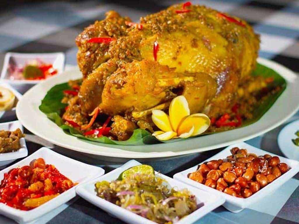 Ayam Betutu, Makanan Khas Bali yang Kaya akan Rempah